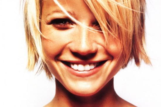 Gwyneth con el pelo corto