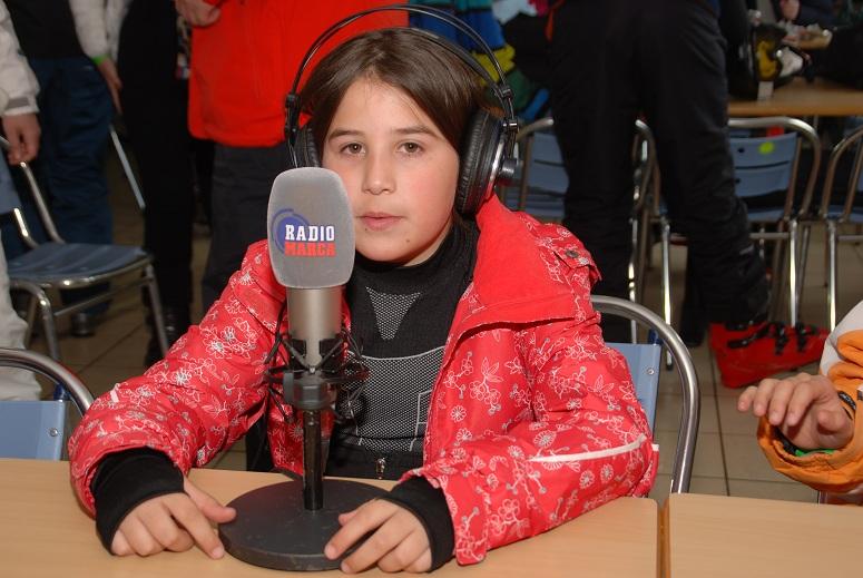 Súper reportera Sasha