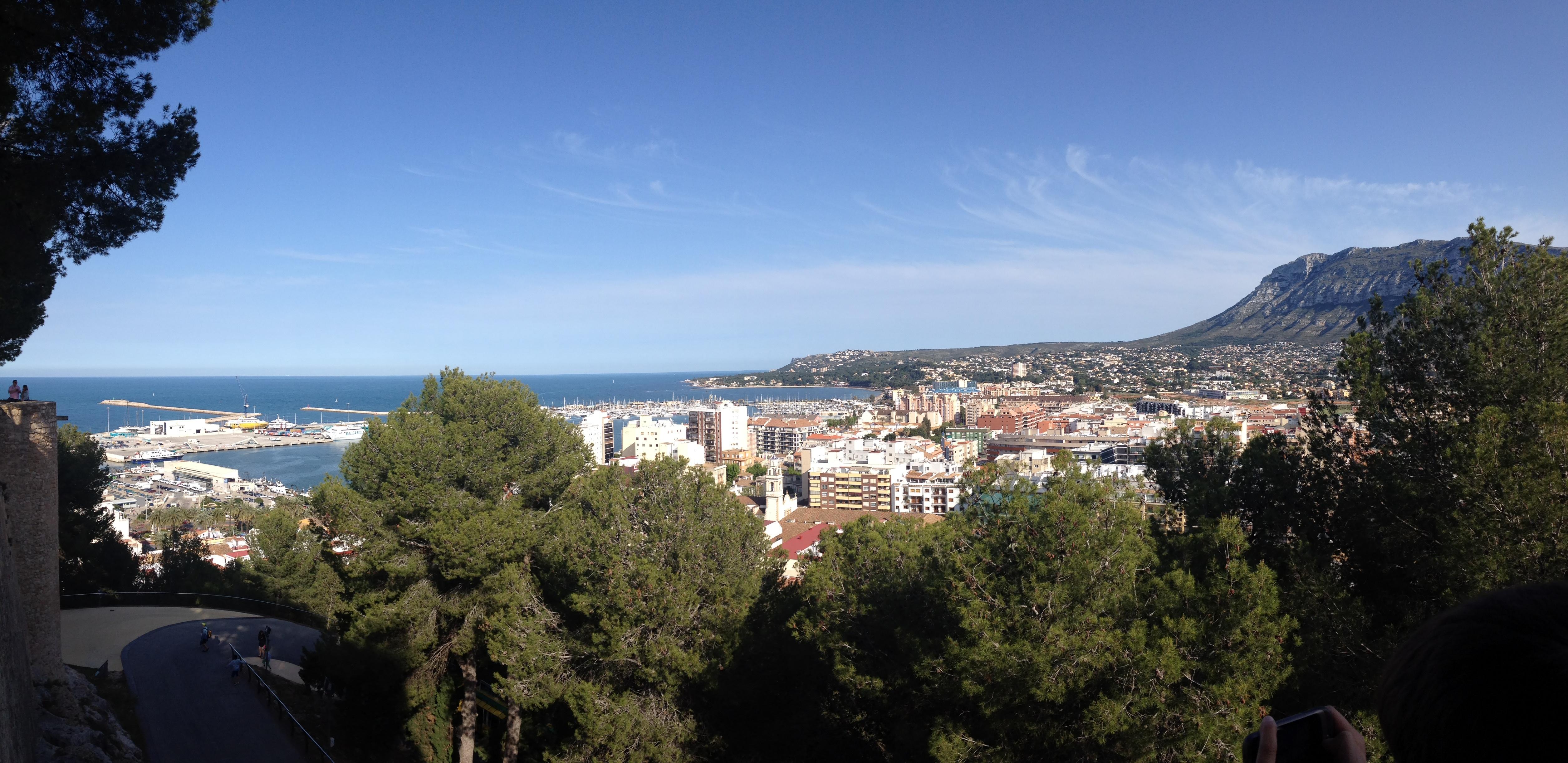 Vista panorámica de Dénia desde el castillo